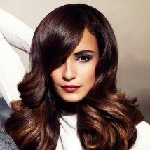 Tendance : coloration cheveux foncé