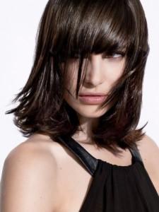Jolie coloration cheveux foncé