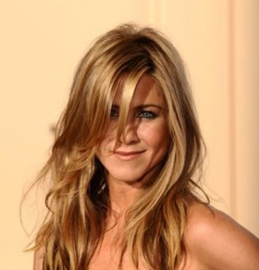 Modèle coloration cheveux jennifer aniston