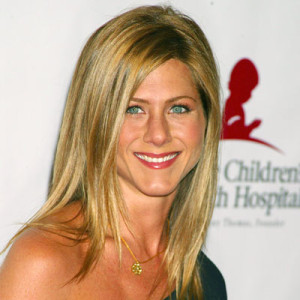 Idée coloration cheveux jennifer aniston