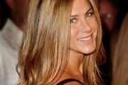 coloration cheveux jennifer aniston