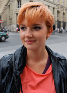Mode pour femme : coloration cheveux orange