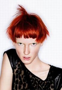 Belle coloration cheveux roux pour femme