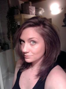 Tendance : coloration cheveux un brun glossy