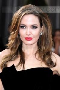 Jolie couleur cheveux angelina jolie