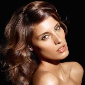 Jolie couleur cheveux brun