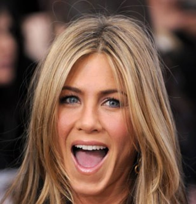 couleur cheveux jennifer aniston