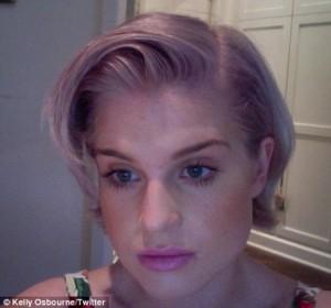Mode pour femme : couleur cheveux lavande