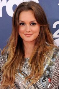 Mode pour femme : couleur cheveux tie and dye