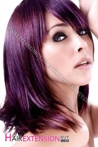 Mode pour femme : couleur cheveux violet foncé