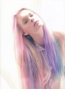 Inspiration coloration cheveux bleu pastel