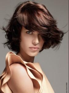 Mode pour femme : coloration cheveux chocolat
