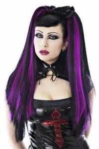 Mode pour femme : coloration cheveux gothique