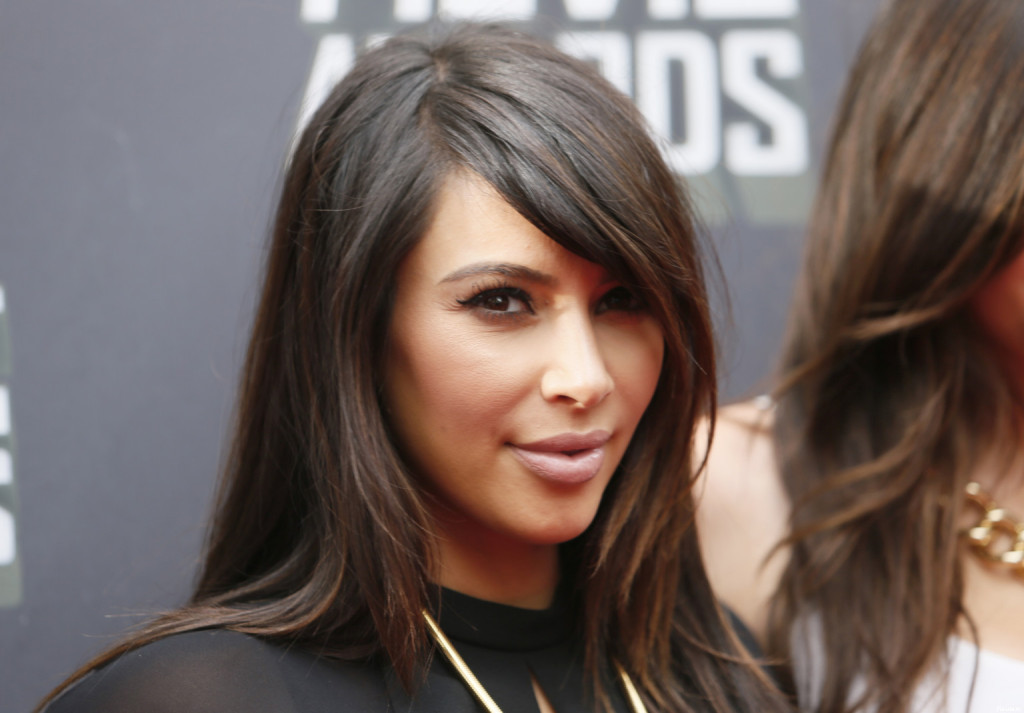 coloration cheveux kim kardashian