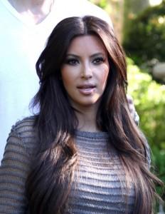 Mode pour femme : coloration cheveux kim kardashian