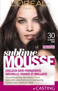 Jolie coloration cheveux mousse