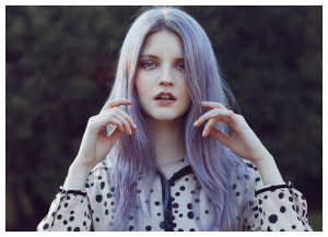 Quelle coloration cheveux violet pastel