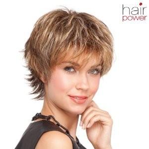 Mode pour femme : couleur cheveux courts