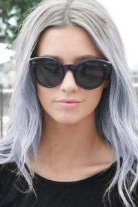 Jolie couleur cheveux gris