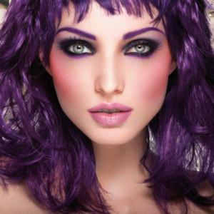 Mode pour femme : couleur cheveux ultra violet