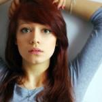 couleur cheveux yeux bleus peau claire