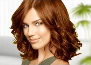 Belle couleur cheveux yeux brun pour femme