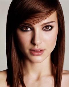 Jolie couleur cheveux yeux brun