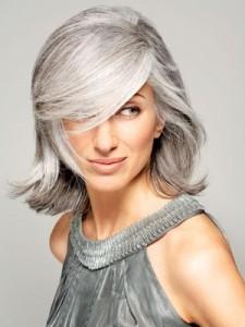 Tendance : coloration cheveux blancs