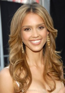 Quelle coloration cheveux jessica alba