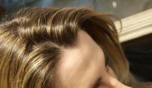 Jolie coloration cheveux pour femme enceinte