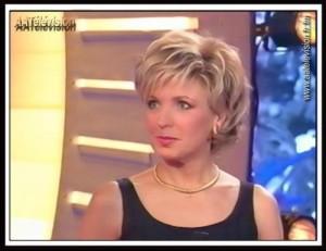 Belle couleur cheveux evelyne dheliat pour femme