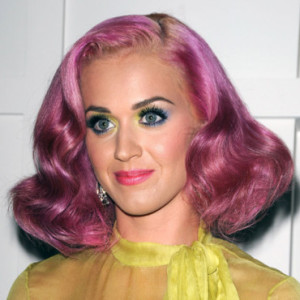 Quelle couleur cheveux katy perry