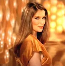 Mode pour femme : couleur cheveux marron miel