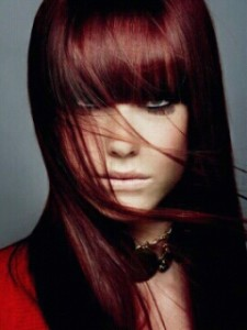 Tendance : couleur cheveux prune