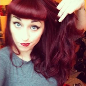 Inspiration couleur cheveux violet rouge