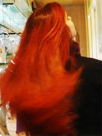 Belle coloration cheveux au henné pour femme