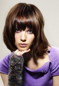 Mode pour femme : coloration cheveux chatain