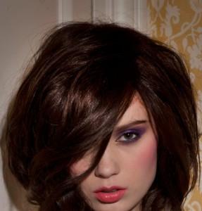 Mode pour femme : coloration cheveux fins