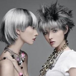 Tendance : coloration cheveux gris acier