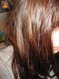 Belle coloration cheveux indigo pour femme