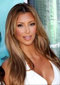 Belle couleur cheveux blond caramel pour femme