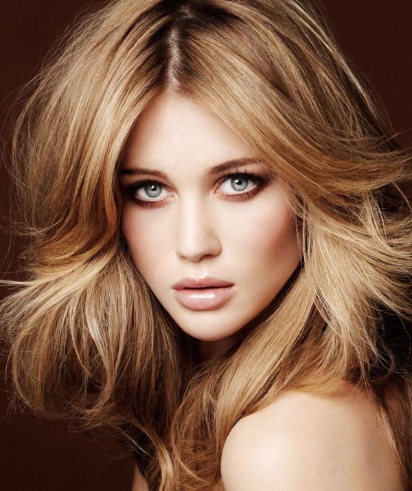 couleur cheveux blond foncé