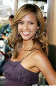 Mode pour femme : couleur cheveux blond foncé