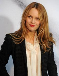 Modèle couleur cheveux blond vénitien