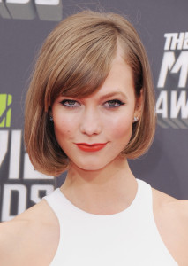 Exemple couleur cheveux karlie kloss