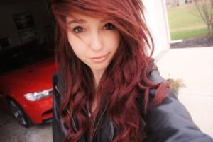 Exemple couleur cheveux rouge cerise