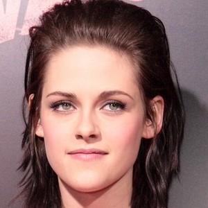 Belle couleur cheveux yeux verts pour femme